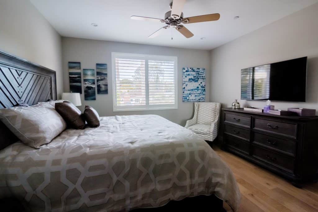 The Opal Bedroom San Diego 4